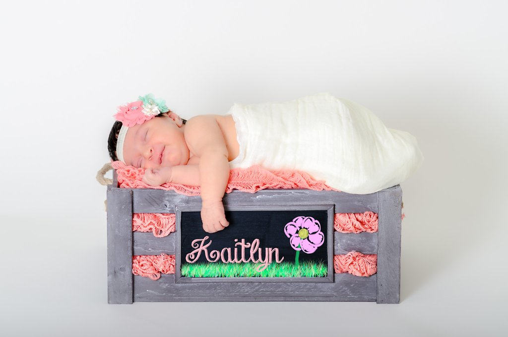 07-10-14-Kaitlyns-Newborn-Photos-002.jpg