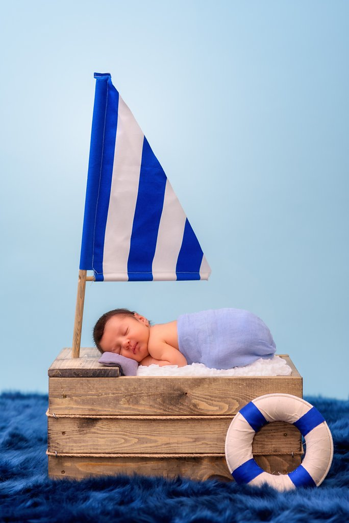 08-08-16-Tyler-Boat-Newborn-Photos-002.jpg
